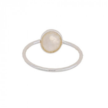 D- ring size 52 small oval white moonstone